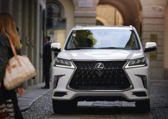 Nowy Lexus LX spodziewany w 2021 roku